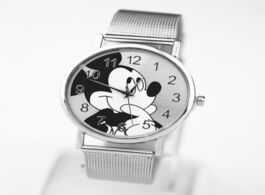 Foto van: Horloge relogio masculino hot mickey mouse watch men women stainless steel gift girl casual quartz w